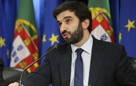 Ministério da Educação afasta diretor-geral por violar Constituição | Luso Jornal 2015 | COGNIT | Scoop.it