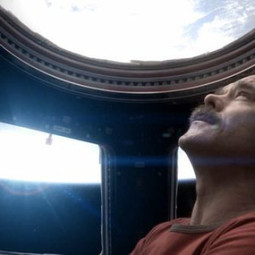 World's First Music Video Shot In Space By Astronaut Chris Hadfield [VIDEO] | Wonderful World of the Web | Scoop.it