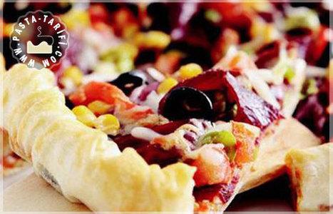 Pastırmalı Pizza Tarifi | Poğaça Tarifleri - Börek Tarifleri | Scoop.it