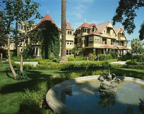 """Get into the """"Spirit of Christmas"""" at the Winchester House   Lodging, Hotels & Travel   Scoop.it"""