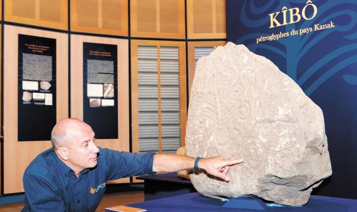 A Nouméa, une exposition décrypte les  pétroglyphes, la mémoire gravée des Kanak | Libération (Maroc) | Kiosque du monde : Océanie | Scoop.it
