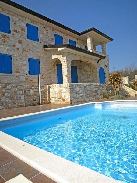 Kamnite hiše Krk | Nova luksuzna kamnita hiša 250 m2 z bazenom in vrtom | Nepremičnine Hrvaška | Scoop.it