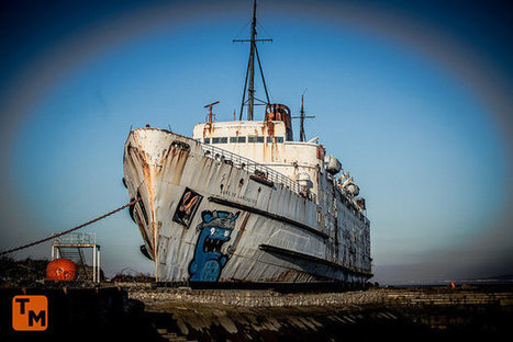Man explores cruise ship abandoned for 30 years – you won't believe what's inside | All about water, the oceans, environmental issues | Scoop.it