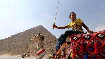 Quiet pyramids, empty hotels: Egypt unrest takes a toll on tourism | Egypt | Scoop.it