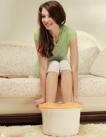 5 Nguyên liệu trong nhà bếp cứu tinh cho bàn chân | máy khử độc rau quả ( máy khử độc ozone) | Scoop.it