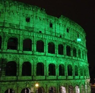 Rome's Colosseum goes green for St Patrick's Day | MAREMMA MAGAZINE | Scoop.it