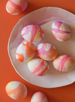 Initiales GG, une fille mais pas que...: DIY de Pâques : des oeufs tie and dye! | DIY DIY | Scoop.it