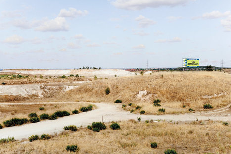 The Surreal, Unfinished Cities Abandoned After The Financial Crisis | #territori | Scoop.it