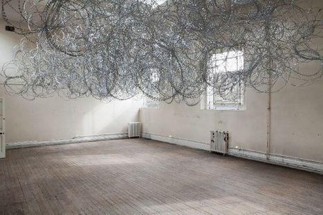 the nebulosa coiled razor wire by Wilfredo Prieto | Art | Scoop.it
