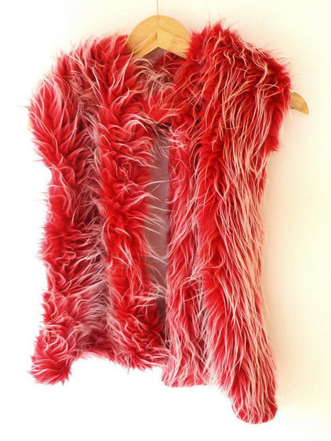 Christmas red faux fur scarf, shawl, winter scarf, plush faux fur scarves, womens fashion trends | Winter Fashions | Scoop.it