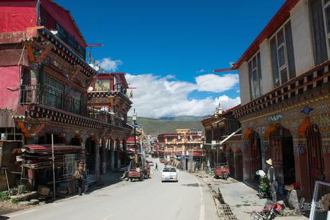 De Zadoi à Emeishan, en stop à travers le Sichuan - Shoesyourpath   Auto-stop   Scoop.it