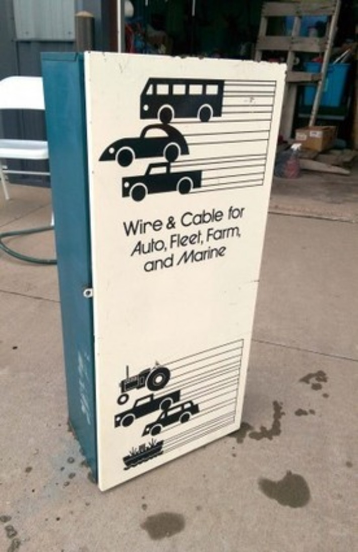 Vintage Service Station Automobilia Advertising Metal Tool Cabinets | Antiques & Vintage Collectibles | Scoop.it