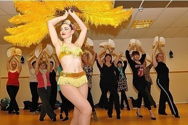 Burlesque workshops unleash the real woman on to the town - This is Gloucestershire | Pin-Up Logos | Scoop.it