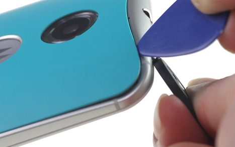 How to Change Motorola X 2nd Back Cover from Green to Bamboo | Smartphone DIY Repair Guide | Scoop.it