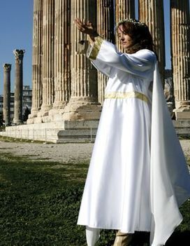 The Greeks who worship the ancient gods - Neos Kosmos | Ancient Origins of Science | Scoop.it
