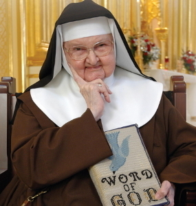 History of EWTN And HAPPY BIRTHDAY Mother Angelica ♥