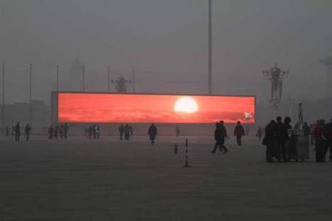 Smog in Beijing Is So Awful You Have to Catch the Sunrise on a Big Screen | Geography Australian curriculum teaching resources | Scoop.it