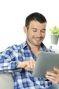 Internet, smartphones et réseaux sociaux simplifient les achats de 64% de Français | eMarketing2011 | Scoop.it