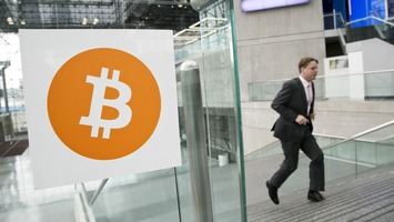 PayPal Takes Baby Step Toward Bitcoin, Partners With Cryptocurrency Processors | money money money | Scoop.it