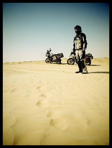 The Sahara and a Tent Under African Stars | Les sites favoris de balade à moto | Scoop.it