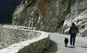 documentaires sonores | Pierres qui roulent objet radiophonique vivant créé en commun par le Parc national des Ecrins et le Centre de l'Oralité Alpine. | DESARTSONNANTS - CRÉATION SONORE ET ENVIRONNEMENT - ENVIRONMENTAL SOUND ART - PAYSAGES ET ECOLOGIE SONORE | Scoop.it