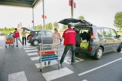 Le gouvernement veut encadrer l'ouverture des « drive » - La Croix | Distribution en Drive de produits fermiers et locaux | Scoop.it