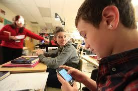 Why smartphones alone won't close the digital divide | Educational Technology News | Scoop.it