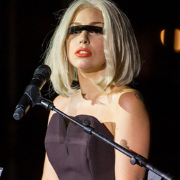 Lady Gaga Teases Possible First Single From 'ARTPOP' | Music News | Rolling Stone | News | Scoop.it