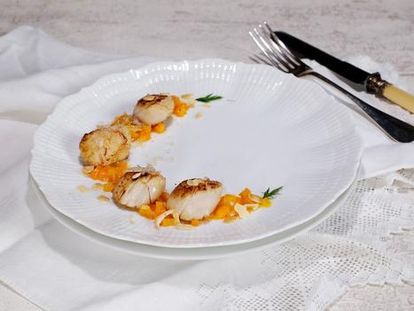 Coquilles Saint-Jacques aux carottes, yuzu (ou orange) et safran, amandes et citron caviar - Et si c'était bon...   Chef, à table !   Scoop.it