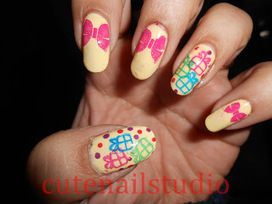 Gifts and Presents Nail Art | Indian Nail Art | Scoop.it