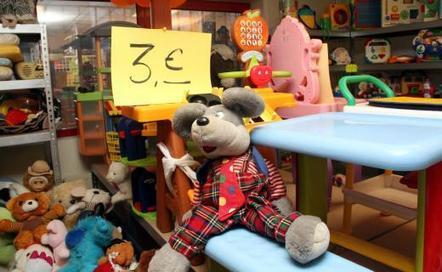 VIDEO. Noël : la seconde vie des jouets avec Emmaüs   Hédé-Bazouges   Scoop.it