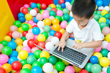 FREE CPD online course - Childhood in the Digital Age - The Open University | talkprimaryICT | Scoop.it