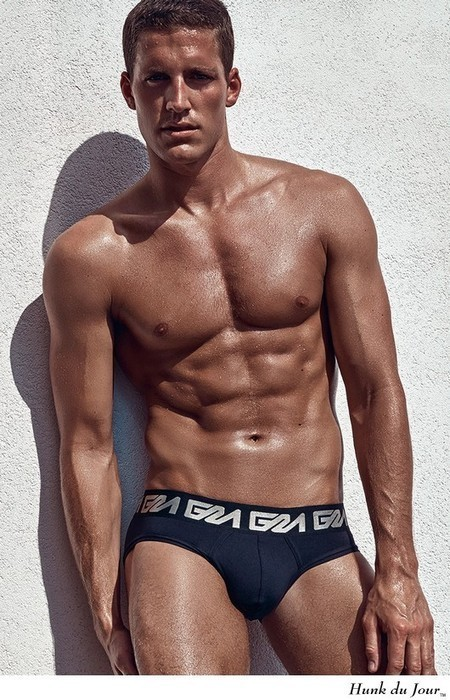 Tyler Kenyon Turns Up the Miami Heat for Garcon Model : Hunk du Jour | THEHUNKFORM.COM NEWS SCOOP.IT | Scoop.it