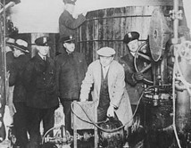 The little-told story of how the U.S. government poisoned alcohol during Prohibition. | Teacher Tools and Tips | Scoop.it