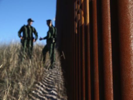 CBP chief: Border Patrol's use of force down 30 percent | Community Village Daily | Scoop.it