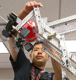 Focus on science, tech pays off in soaring graduation rate   Ed Technovation   Scoop.it