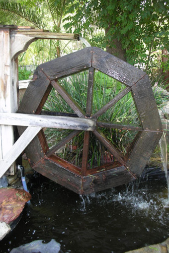 Small Ponds and Fountains: Water Wheel: Custom Ponds   Pond Talk   Scoop.it