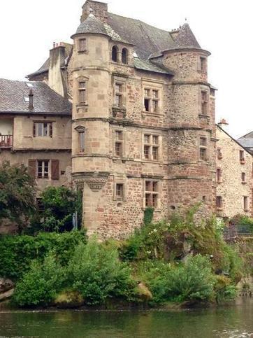 Twitter / axelkahn: 2/10. Le château d'Espalion ... | GITAUBRAC Infos touristiques et culturelles - Aveyron - Aubrac - Laguiole | Scoop.it