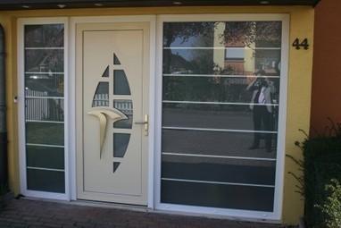 comment r parer une porte qui grince. Black Bedroom Furniture Sets. Home Design Ideas
