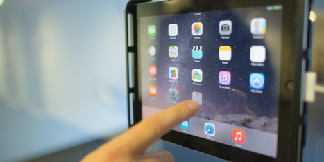 Are iPad and Tablets replacing laptops?   iPadWiki   Public relations   Scoop.it