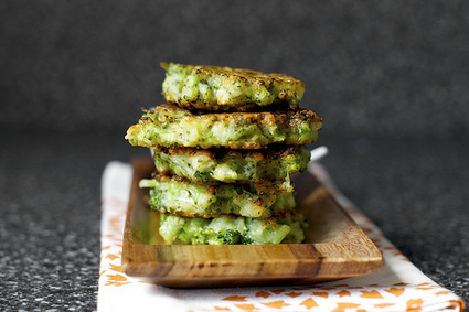 broccoli parmesan fritters | smitten kitchen | À Catanada na Cozinha Magazine | Scoop.it