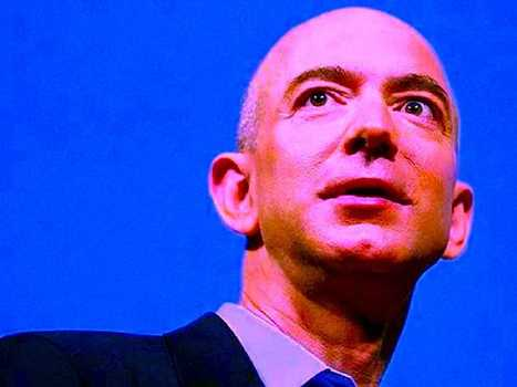 Jeff Bezos And Mark Zuckerberg Are Racing To Dominate The Mobile Payments Business | Payments 2.0 | Scoop.it
