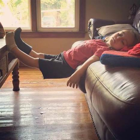 That can't be comfortable! The 15 funniest places where kids have fallen asleep | Kickin' Kickers | Scoop.it