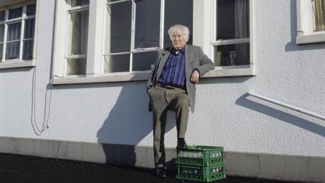 Two boats: remembering Seamus Heaney by Michael Longley | The Irish Literary Times | Scoop.it