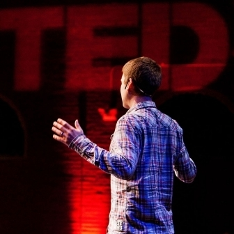 5 Secrets of Public Speaking From the Best TED Presenters | Data games | Scoop.it