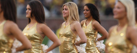 30 Amazing College Football Cheerleaders: Best of 2012   Cultura de massa no Século XXI (Mass Culture in the XXI Century)   Scoop.it