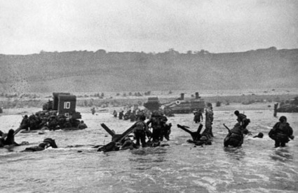 Photographers on Photography: The D-Day Landing and Robert Capa's Slightly Out of Focus Legacy - Imaging Resource | Fashion Models Photography | Scoop.it