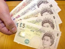 Sterling slips as Scottish vote nears, soft UK inflation could hurt - The Economic Times | IB Economics | Scoop.it