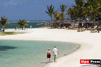 Les plages font peau neuve à Maurice - Linfo.re | Ile Maurice, une nouvelle idée des vacances en toute liberté: location de villas et appartements de luxe | Scoop.it