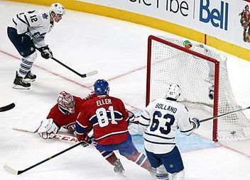 Raymond scores winner in Leafs debut to beat Canadiens - CBSSports.com | get more followers | Scoop.it